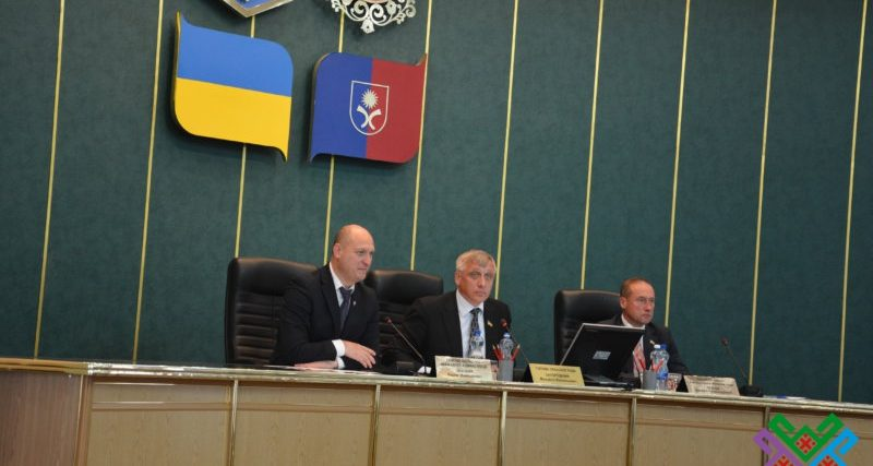Підтримуємо Порошенка, чи робимо ставку на Тимошенко, або про покладені яйця в різні кошик.