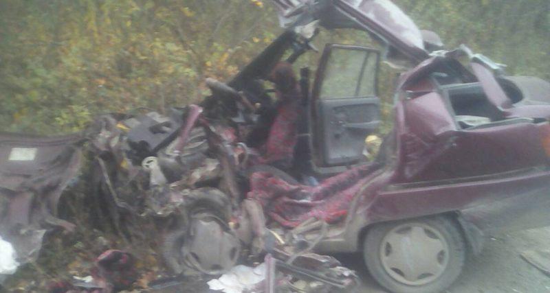 Рятувальники ліквідували наслідки ДТП. Водій загинув на місці