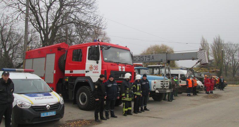 У Теофіполі рятувальники тренувались протистояти наступаючій зимі