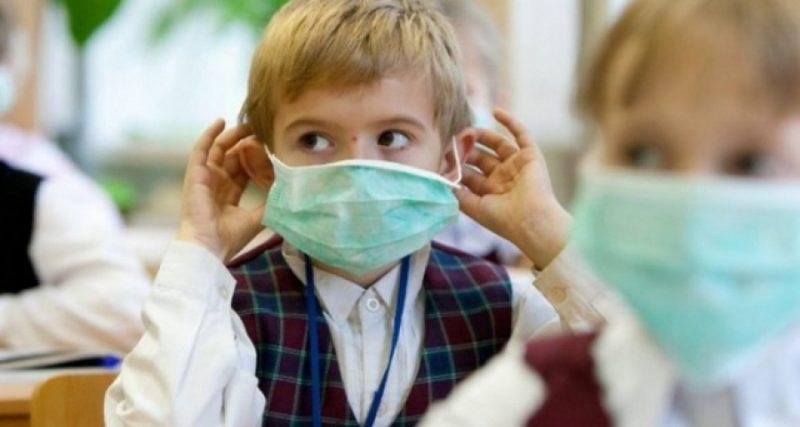 Кір, ГРВІ, грип: у Кам'янці-Подільському продовжили канікули