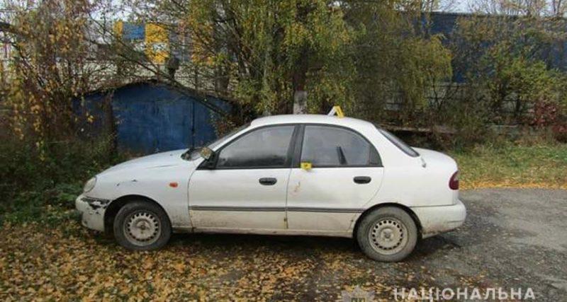 У Хмельницькому районі конфлікт між чоловіками обернувся викраденням авто і стріляниною