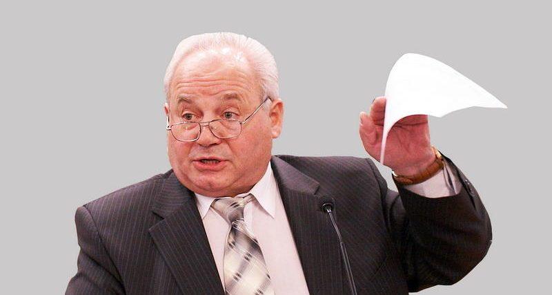 У Хмельницькому патрульні склали протокол за кермування автівкою в нетверезому стані на екс-нардепа Івана Рудика
