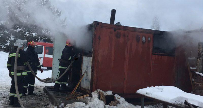 Було ліквідовано пожежу будівельного вагончика в Нетішині