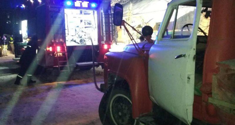 Волочиські рятувальники ліквідували пожежу магазину