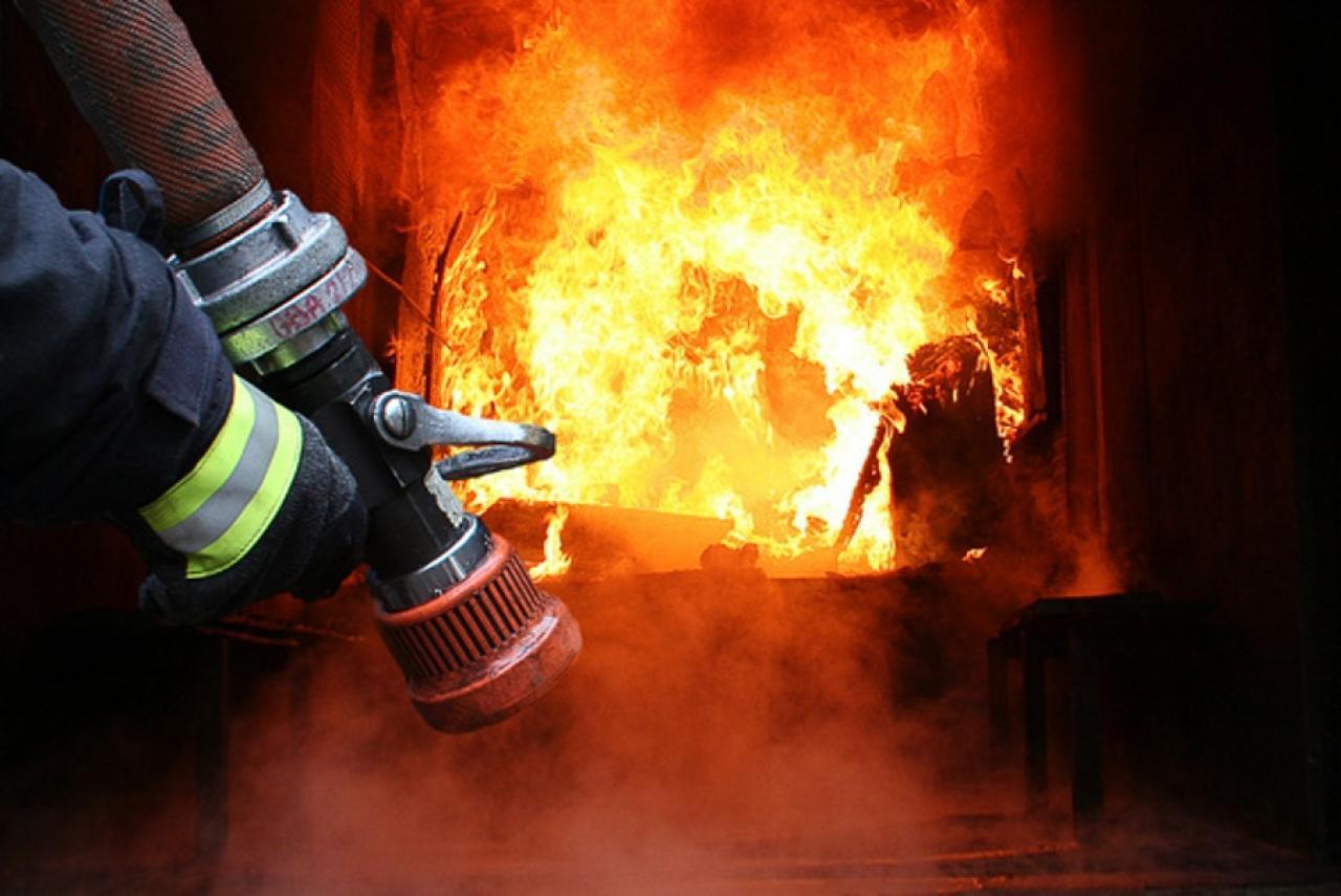 згорів камаз і будинок