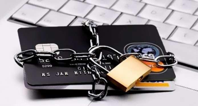 Купуючи товари в інтернеті, будьте уважними, аби не стати жертвою шахраїв