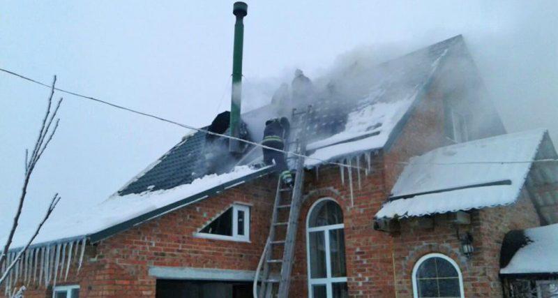 Вовковинці: вогнеборці врятували від знищення вогнем житловий будинок