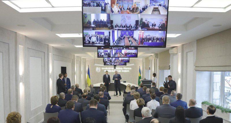 Новоушицька ОТГ отримала землі у комунальну власність