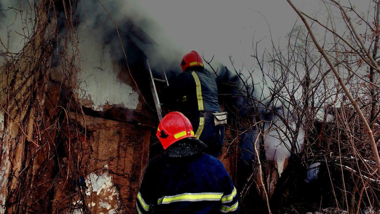 Пожежі трапились у Шепетівському та Деражнянському районах.