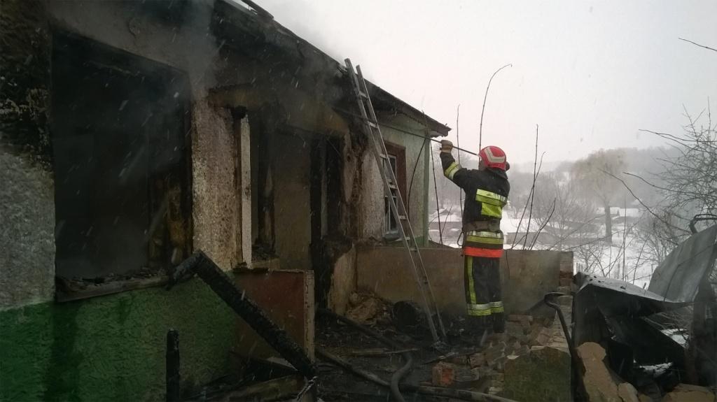 В с. Богданівці вогнеборці виявили тіло загиблого чоловіка
