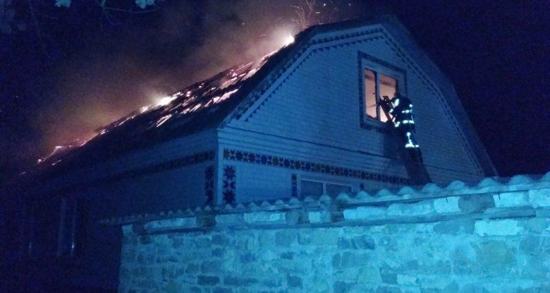 В перший день весни на Хмельниччині сталося дві пожежі