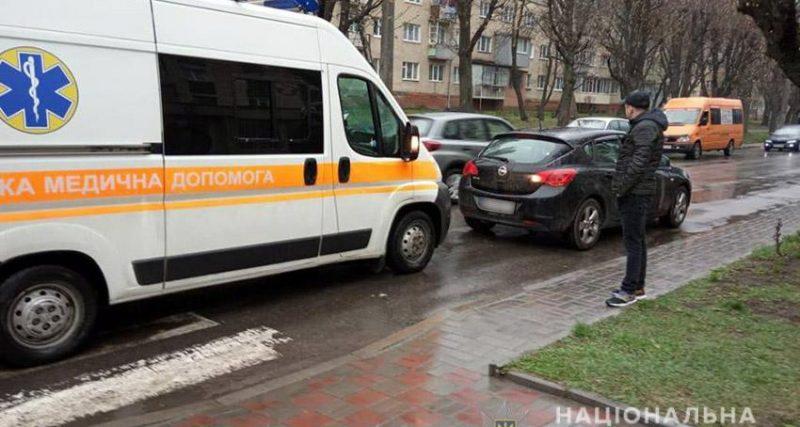 Дорожньо-транспортна пригода сталася вчора, 11 квітня, близько 18.00 години в обласному центрі по вулиці Інститутській.