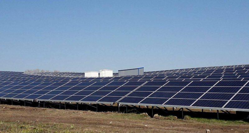 На Чемеровеччині завершують будівництво нової сонячної електростанції